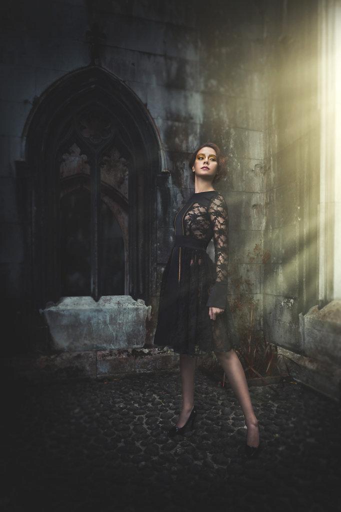 fashion photographer-professional retoucher