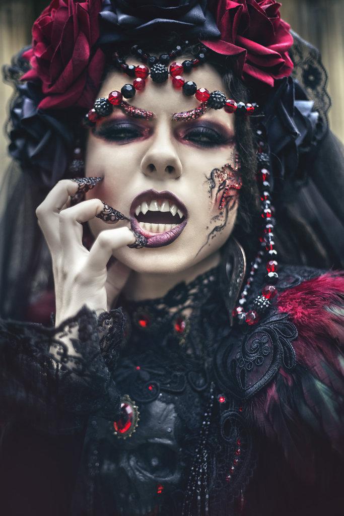 vampire-goth-surreal