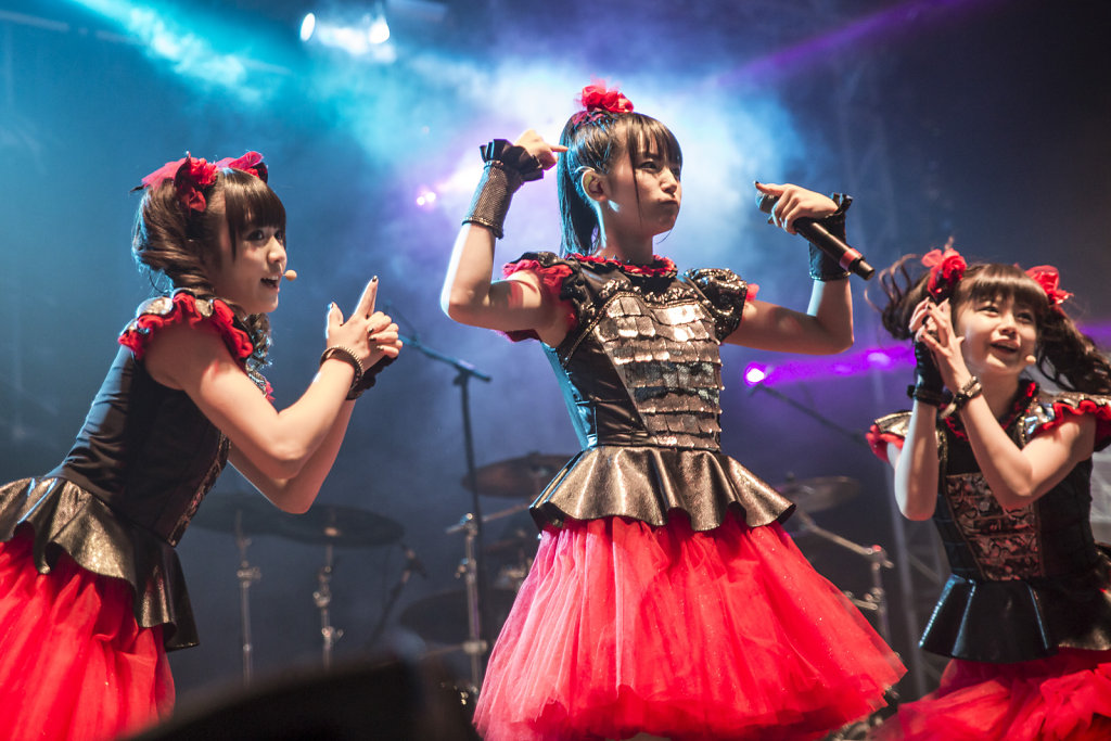 babymetal-download festival-famous-japan-metal band-metal music-live gig