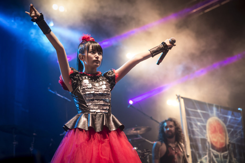 babymetal- performance-japanmetal-live performance-collaboration-singer-